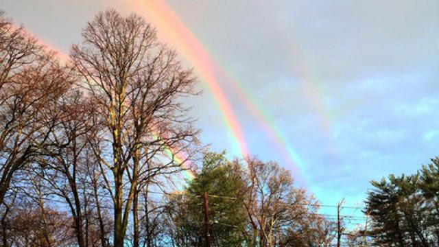 Extremely Rare Quadruple Rainbow Captured Over New York… Is It Real