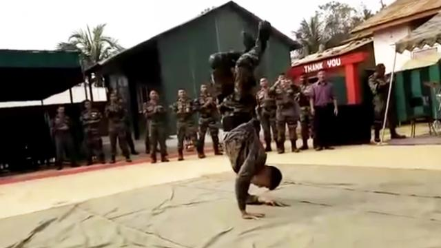 Stunning Dance Performance By Indian Army Soldier
