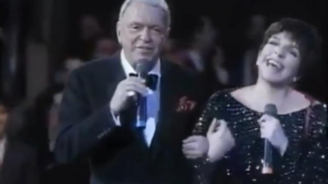 Frank Sinatra Belts Out Classic Song, Then Surprise Guest Joins In For A Chilling Duet (2)