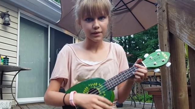 Grace VanderWaal - I Can't Help Falling In Love With You Elvis Presley cover