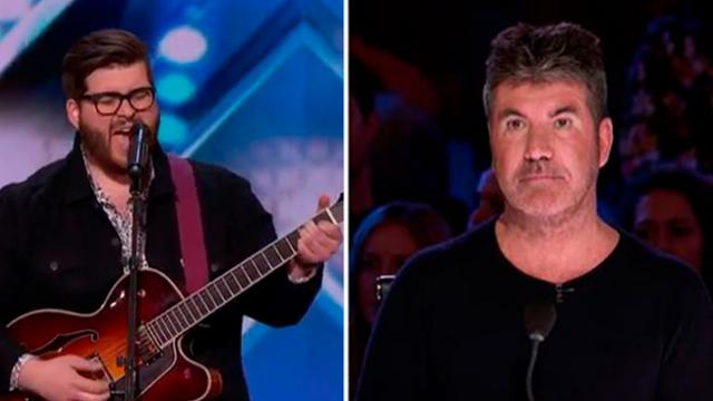 Man Faces Crowd To Confess He's On Hit TV Show Making Simon's Eyes Pop Moment He Starts To Sing