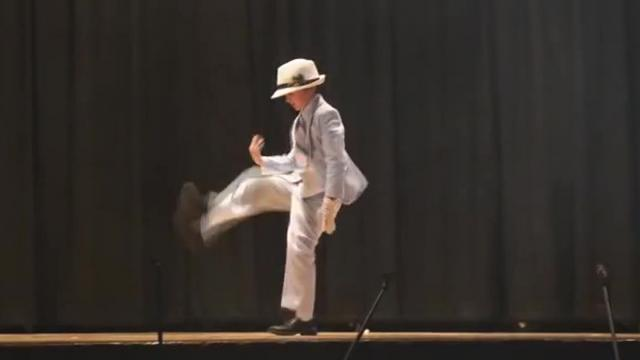 Seven Year Old Performs Michael Jackson Smooth Criminal Dance