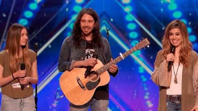 Teen Mom Wows Judges In Americas Got Talent!
