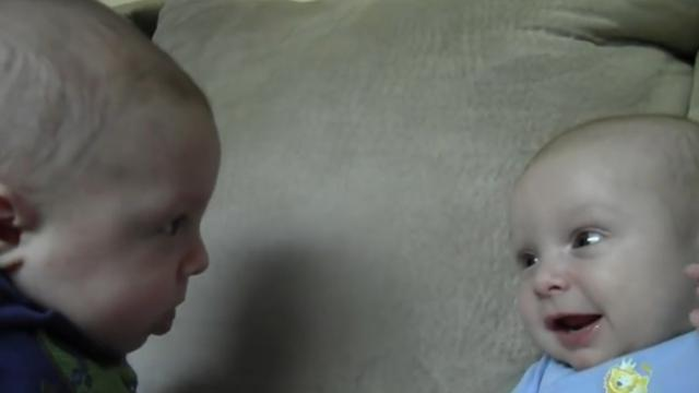 Twins Make an Amazing Discovery 11 Weeks after Birth, Its More Than Heartwarming