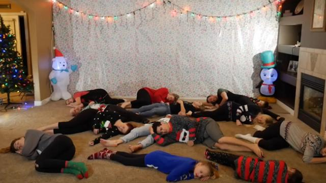Silly Family Of 16 Busts Into Joyful Christmas Dance That's Lighting Up The Internet.