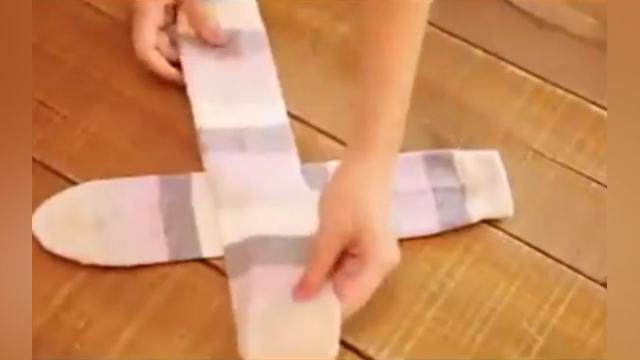 I Used To Fold My Socks Like Everyone Else, But When I Learned This Trick GENIUS!