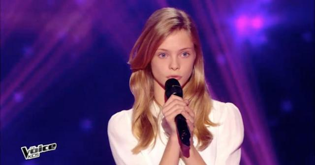 "Julia de 13 años de edad sorprende al cantar ""I will always love you"" de Houston"