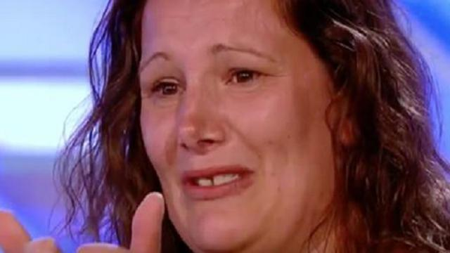 Sam Bailey sings Listen by Beyonce - Room Auditions Week 1