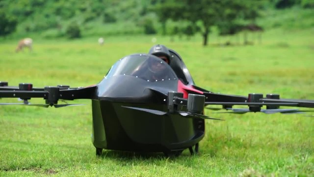 Smallest Flying Sports car -Koncepto Millenya