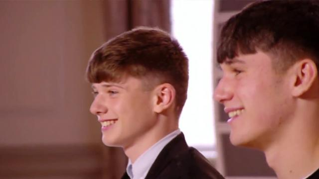 Simon Blown Away By Irish Brother's Old School Audition.