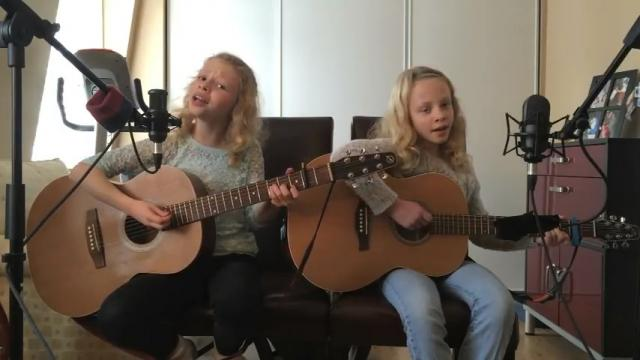 10 Yr Old Starts Covering THIS Hit Song. Now Watch What Her Twin Does. WOW!!