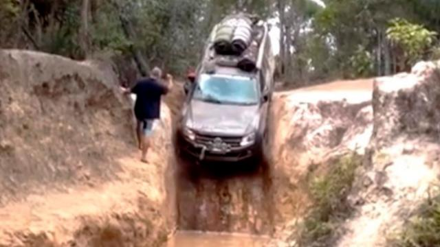 The 90 Degrees Downhill Driving Skill of the Genius Driver Making the Viewer Astonished