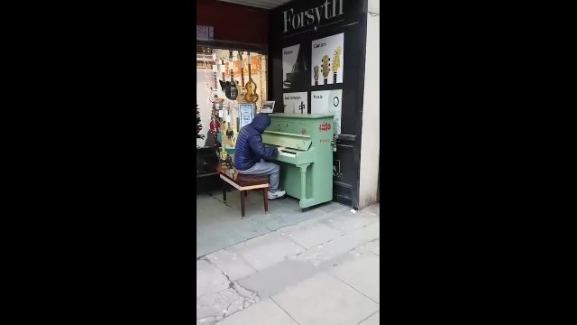 The piano man in Manchester