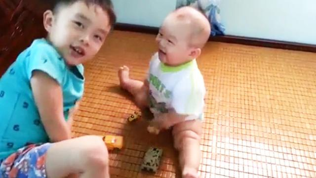 6-months-old boy with ''super special power'', made people more positive and want to take him home