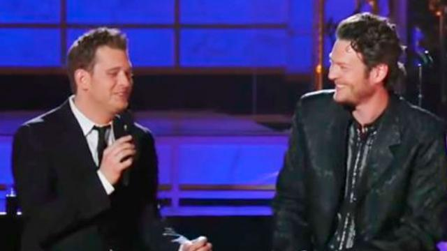 Surprise Duet By Blake Shelton & Michael Buble Had Crowd Begging For More