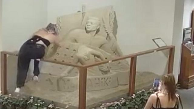 Teen Caught On Camera Destroying Sand Sculpture At Iconic Hawaii