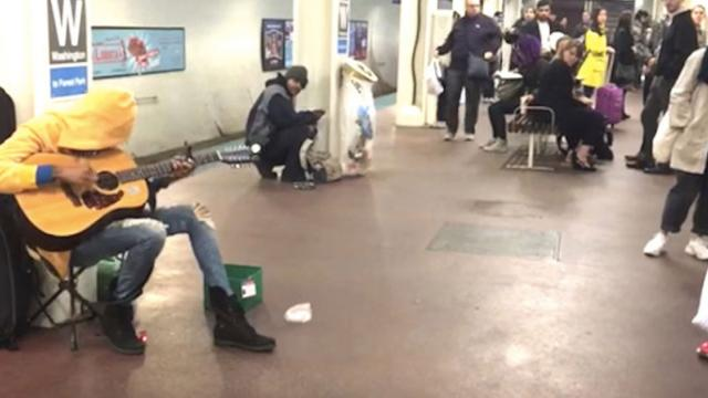 Subway Performer Stuns The Audience With Her Guitar Then She Starts To Sing
