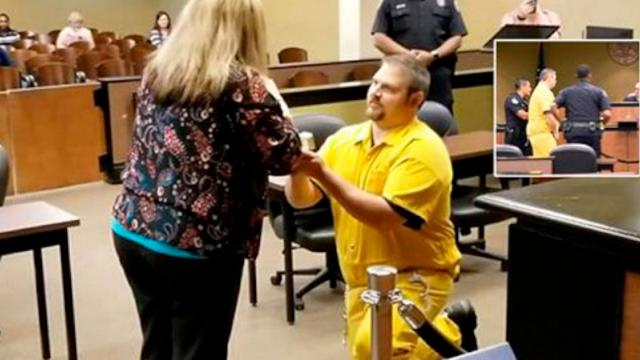 Boyfriend Walks Into Court in SHACKLES to Propose to Probation Officer