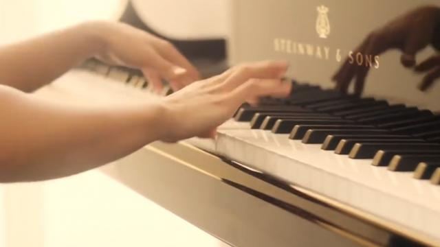 This Pianist Has the Fastest Fingers in the World