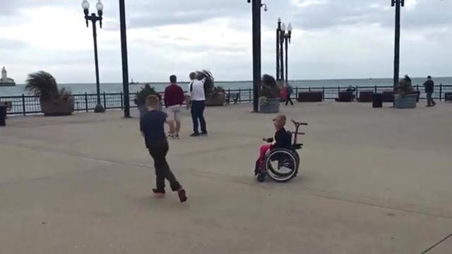 Funny Girl In Wheelchair Totally Beats Her Brother In A Race