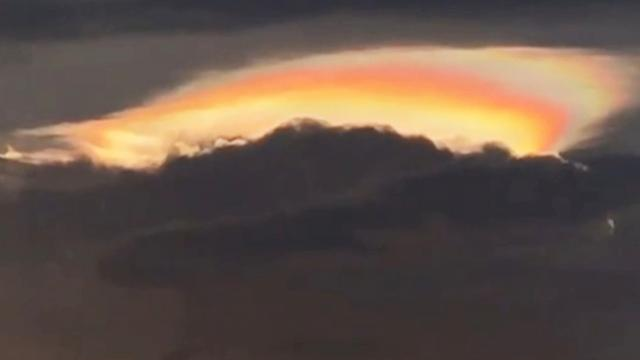 Rare fire rainbow spotted over southern China