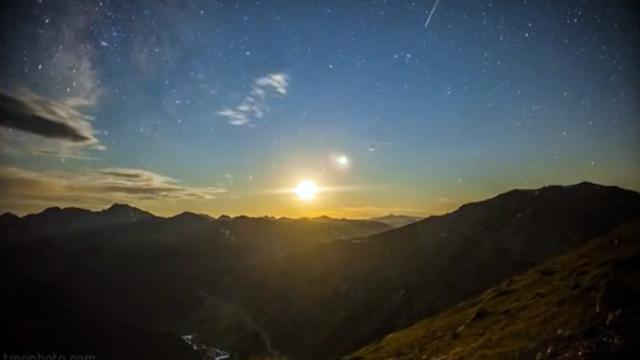 7 Years Of Meteor Showers In One Breathtaking Timelapse