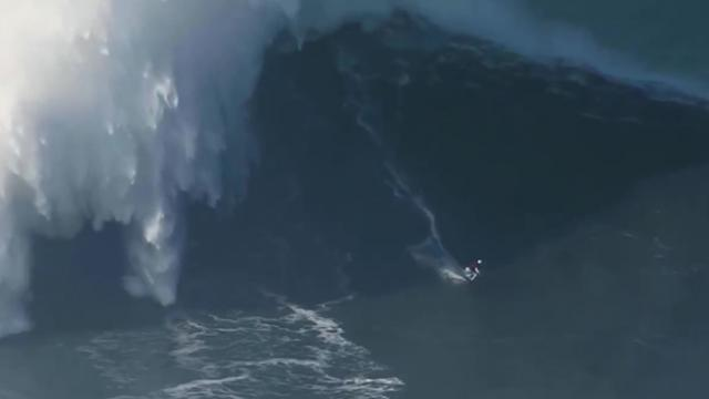 Female Surfer Sets World Record By Riding 68-foot Wave