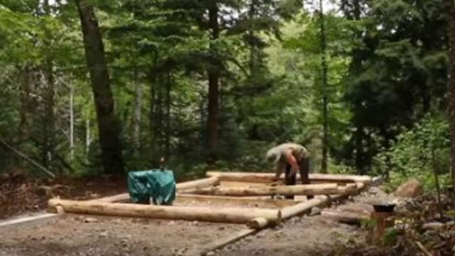 Man Constructs Secluded Cabin In Canadian Wilderness In Breathtaking Time-Lapse.