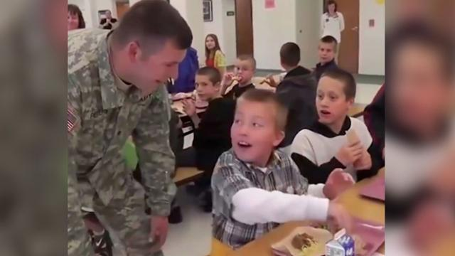 A Heartwarming Video When Soldiers Surprise Their Kids After