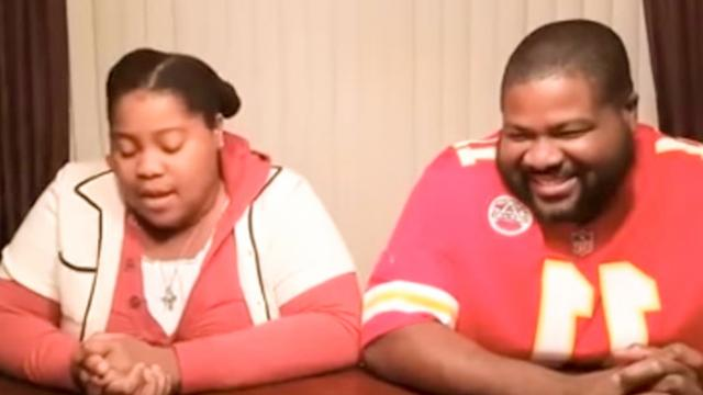 Beatbox battle between father and daugher_ He just dumbfounded when his daughter beatboxes _ Feedy T