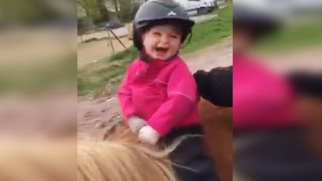 This Little Girl Loves Riding A Horse! - The Autism Site Blog