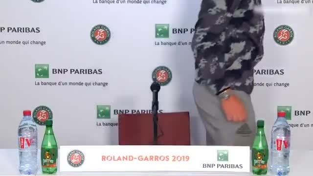 Serena Williams pidió que interrumpan la conferencia de prensa de Dominic Thiem