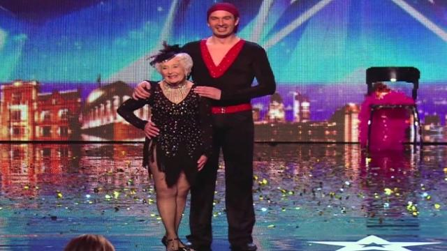 Abuela de 80 años sorprende con una espectacular salsa en Britain's Got Talent