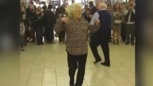 Elderly Couple Steals The Show As Soon As The DJ Play Bruno Mars!