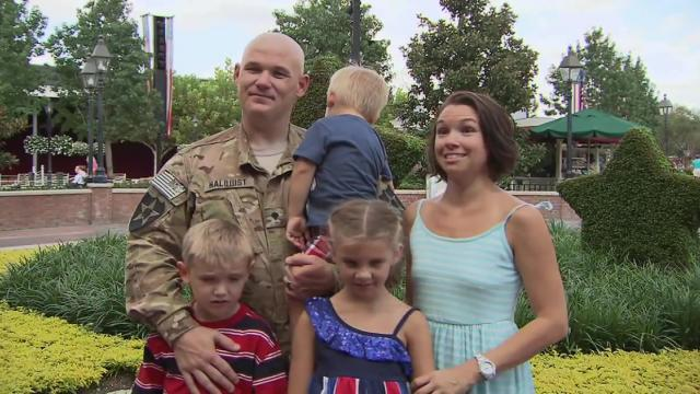 US Soldier Returns from Afghanistan to surprise family with Walt