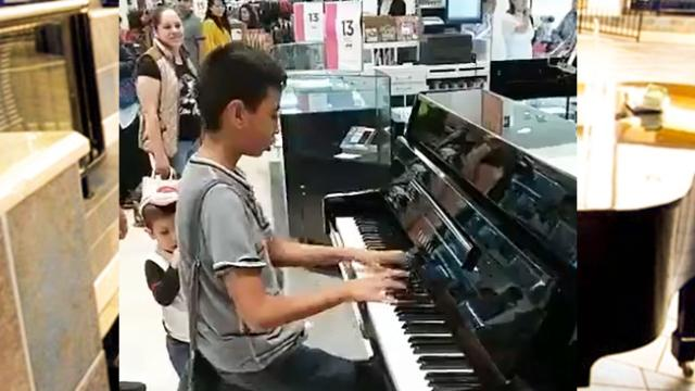 The boy randomly came to the piano and play, no one would have thought of the result