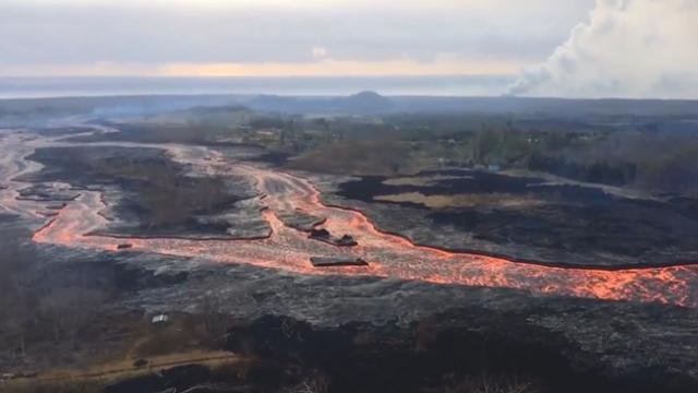 Exploding lava creates new danger as Kilauea flows into the sea