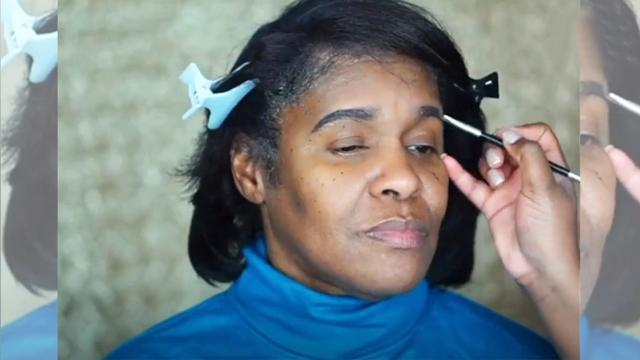 Girl gets makeup to help grandma feel gorgeous After it's applied—can
