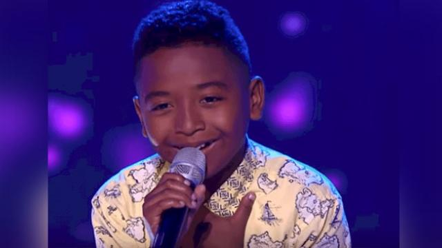 He's just a kid, but his enchanting voice puts tears in the judges eyes