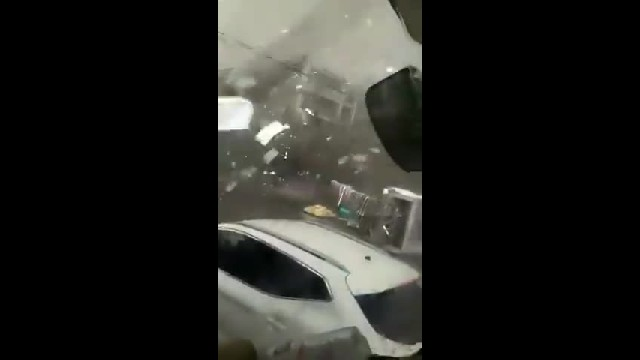 Mas videos del impactante Tornado en Liaoning China