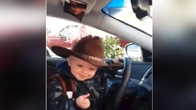 Little cowboy hears favorite country song and steals the show with his awesome dance moves