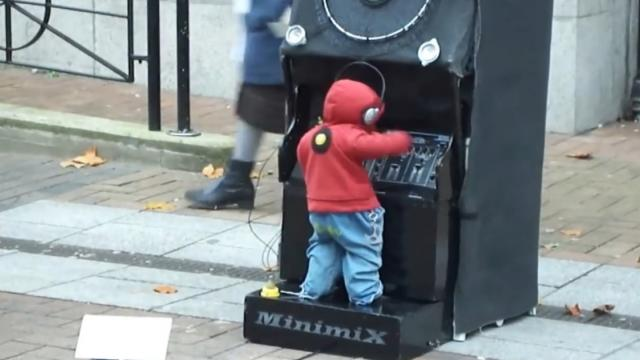 Miniature Dancing DJ Puppet Street Performance