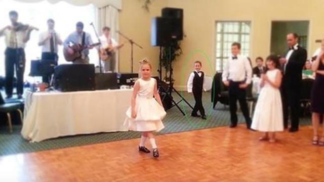 9 year old girls Irish dance at Diane & Steves wedding reception