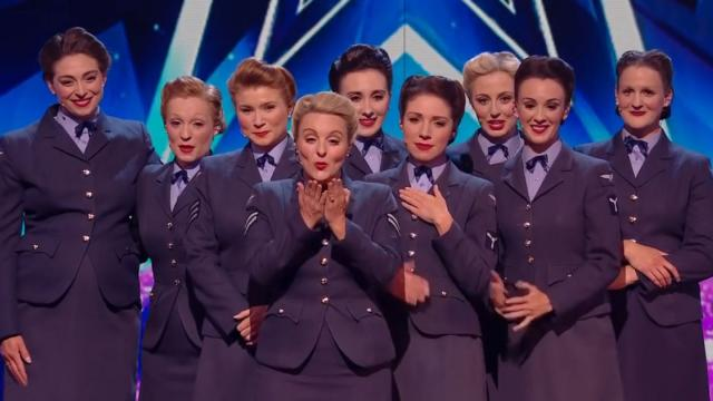 Women Begin To Sing Beautiful WW2 Veteran Tribute, But The Audience Gasp As A Figure Appears On Stag