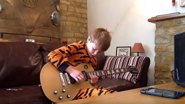 10 Yr Old Has Attracted The Attention Of Millions, His Home Guitar Video Is Extraordinary