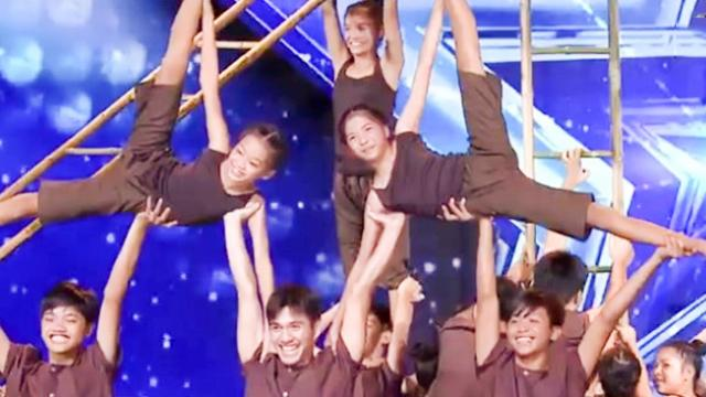 Amazing Acrobat Group Get GOLDEN BUZZER on Thailand's Got Talent