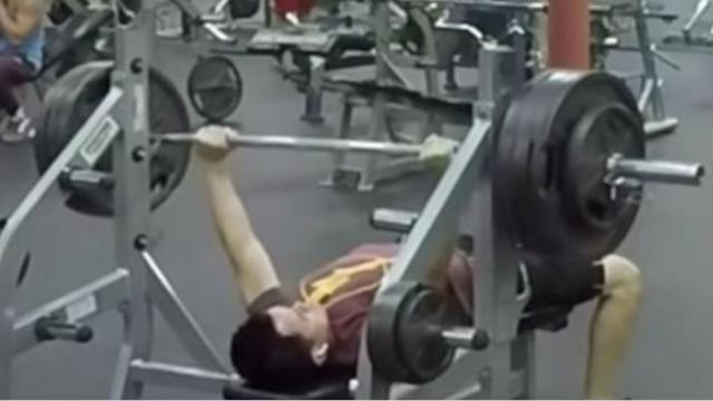 Ten Stone Lifter Bench Presses 165 Kilos And Other Gym Users
