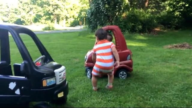 Twin Toddlers Have Adorable Fight Over Toy Car
