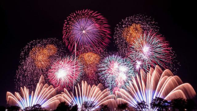 Amazing firework performance in Japan—it will sure to leave you