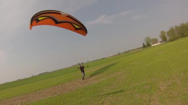 Novice Paraglider Gets Crushed By The Wind In Take Off Fail_Large